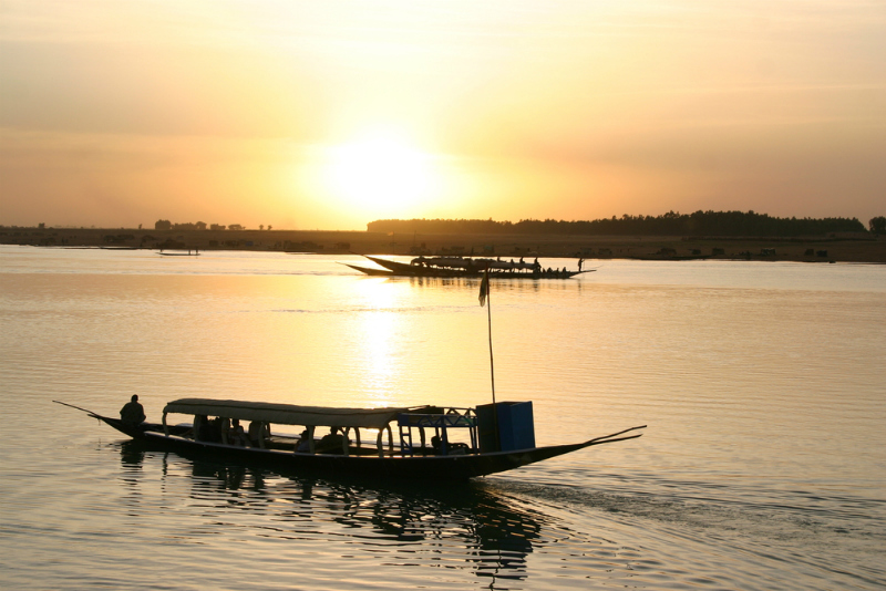 Wooden ferry on the Niger River near Timbuktu, Mali (Shutterstock)