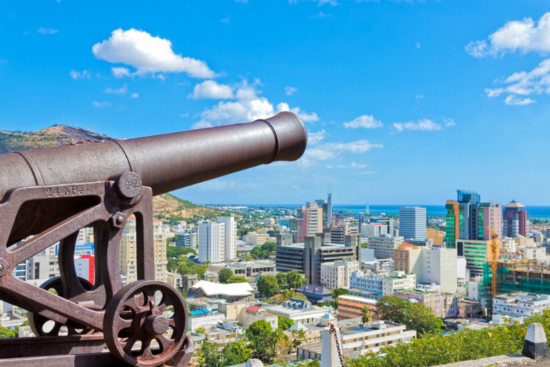 Cannon overlooking Port Louis, Mauritius (Shutterstock)