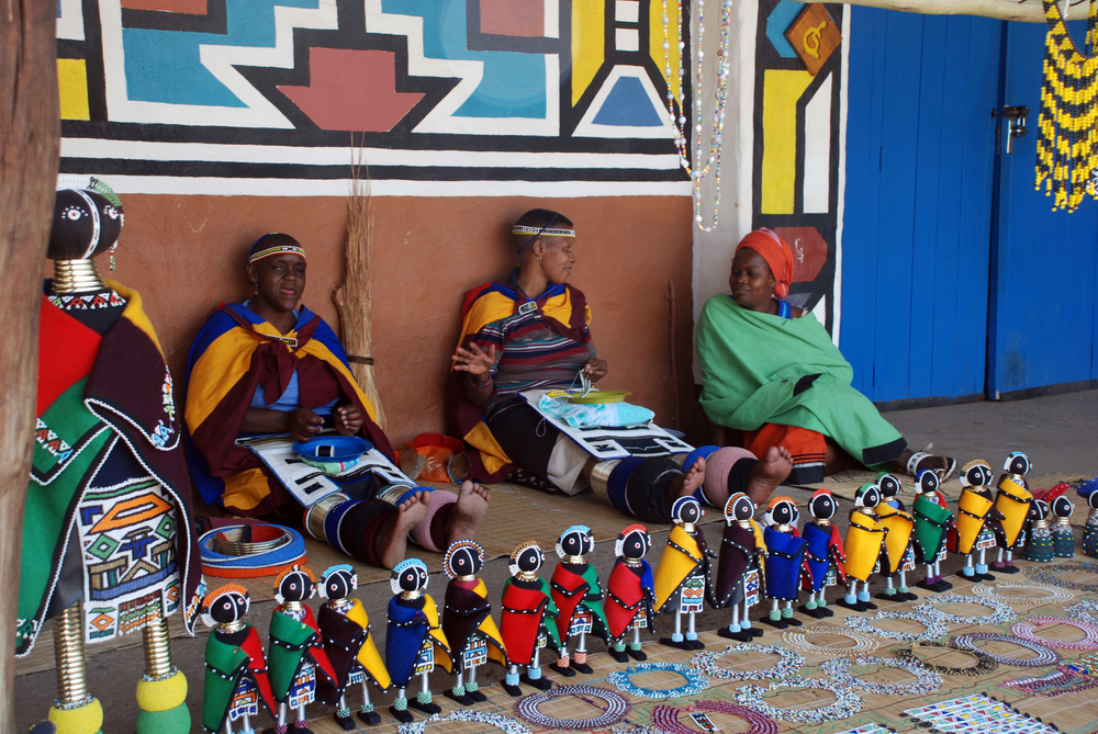 Ndebele women at Lesedi African Lodge and Cultural village (InnaFelker / Shutterstock)