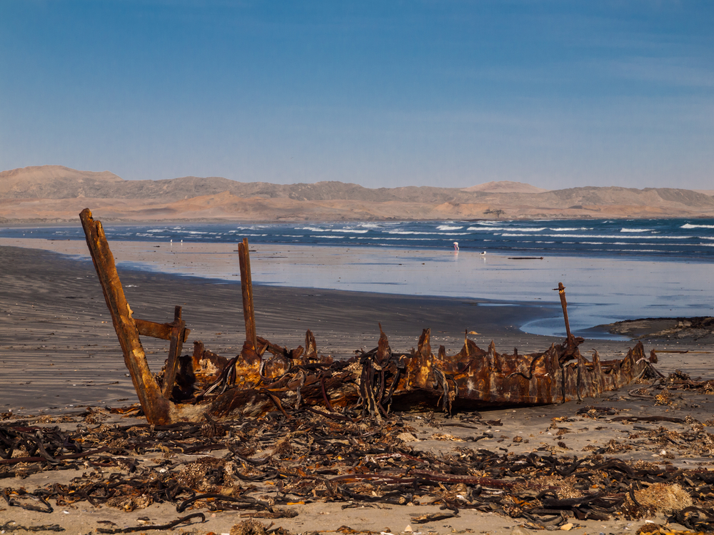 A shipwreck on Namibia's Skeleton Coast (Shutterstock)