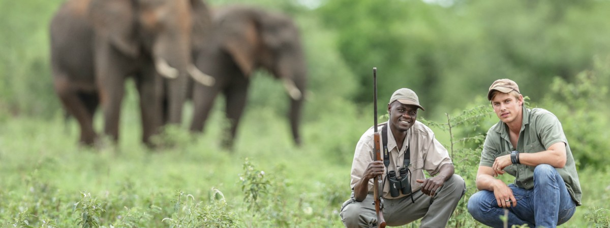 Safari guide James Suter and a tracker in Kruger National Park (courtesy of James Suter)