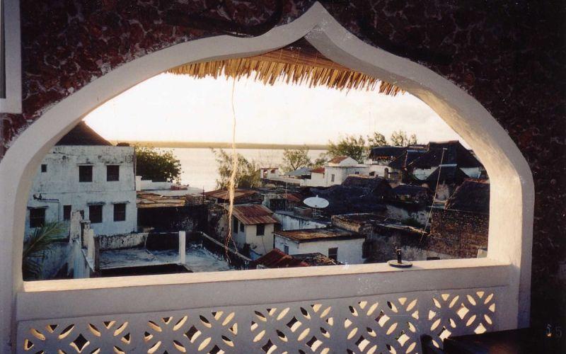 Lamu Old Town (Kevin Borland/Wikimedia Commons)