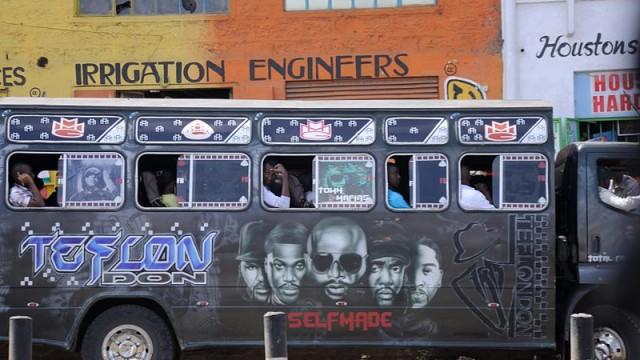 Matatu Bus (HansueliKrapf/Wikimedia Commons)