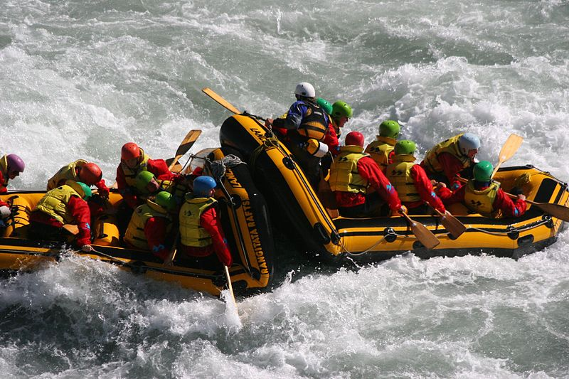 White Water Rafting (Rob Chandler/Wikimedia Commons)