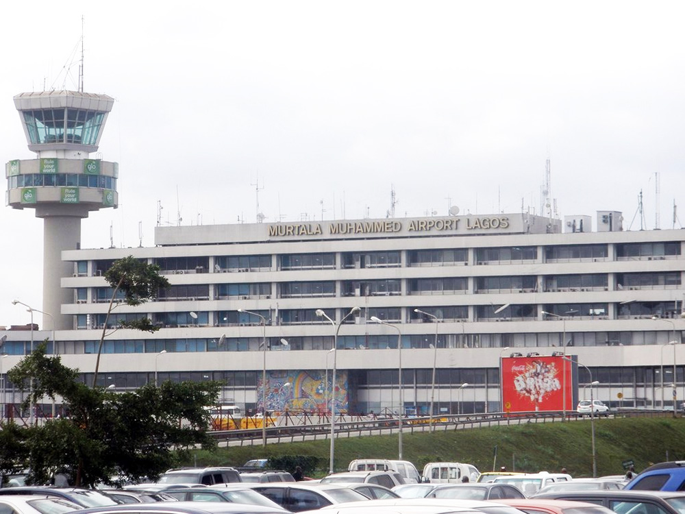 Nigerian Screening Air Passengers For Ebola