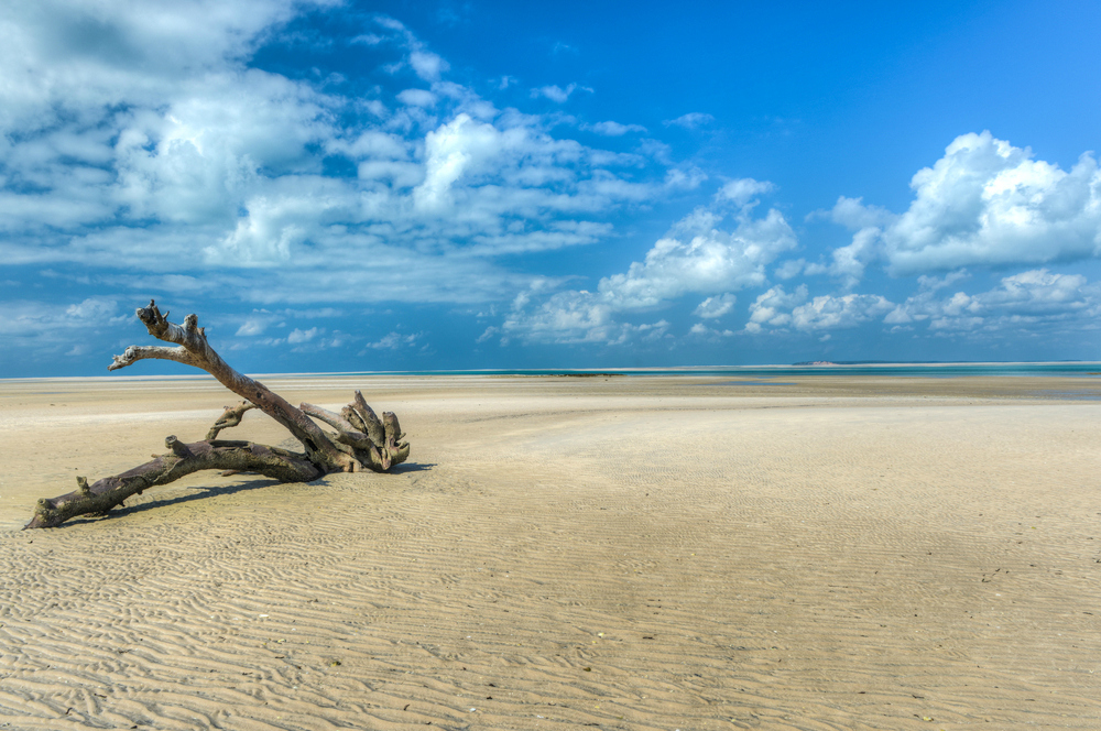 beaches in mozambique