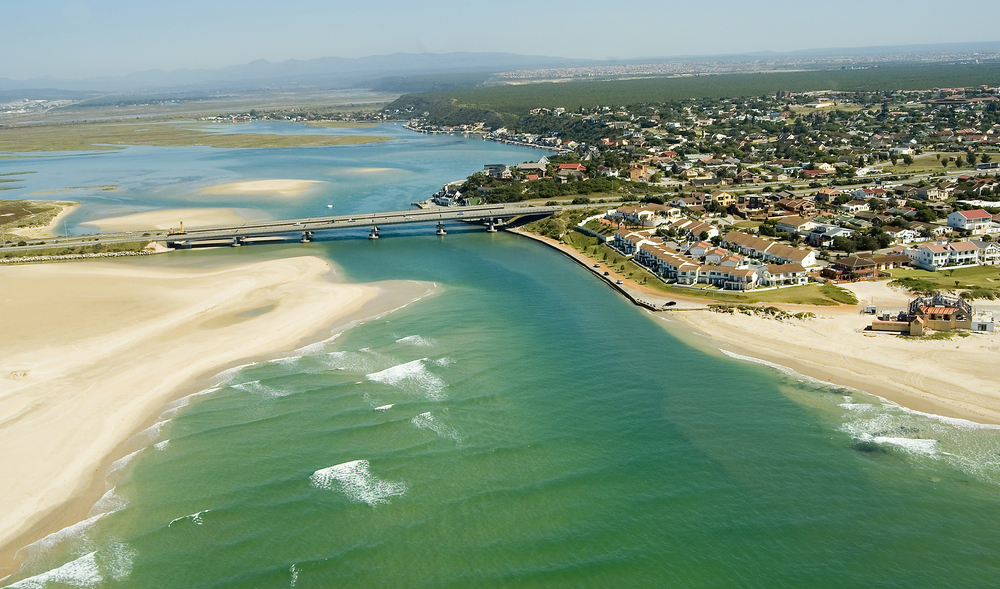15 excellent places to go water skiing in south africa - What to do in port elizabeth south africa ...