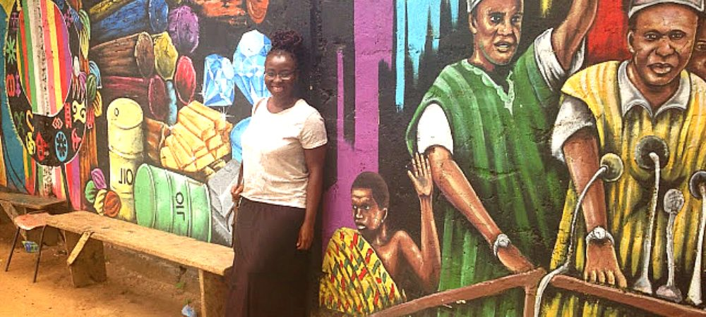 starr at mural