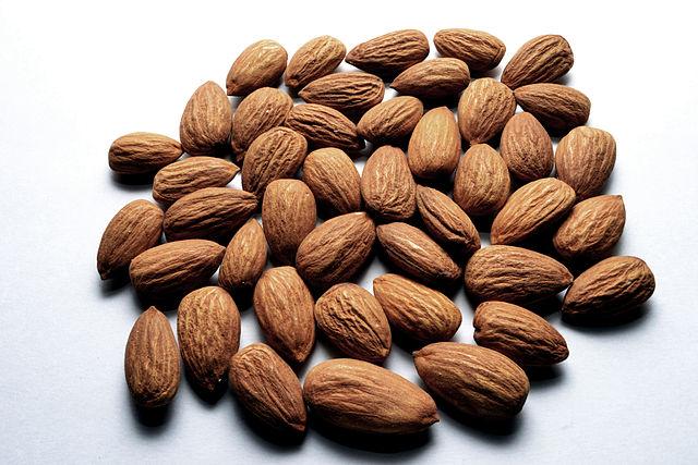 Almonds (Mullookkaaran/Wikimedia Commons)