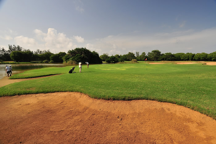 leisure lodge golf