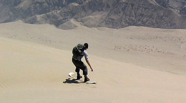sandboarding in ica, peru