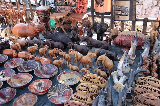 Wood_Art_and_Crafts_ at market in durban