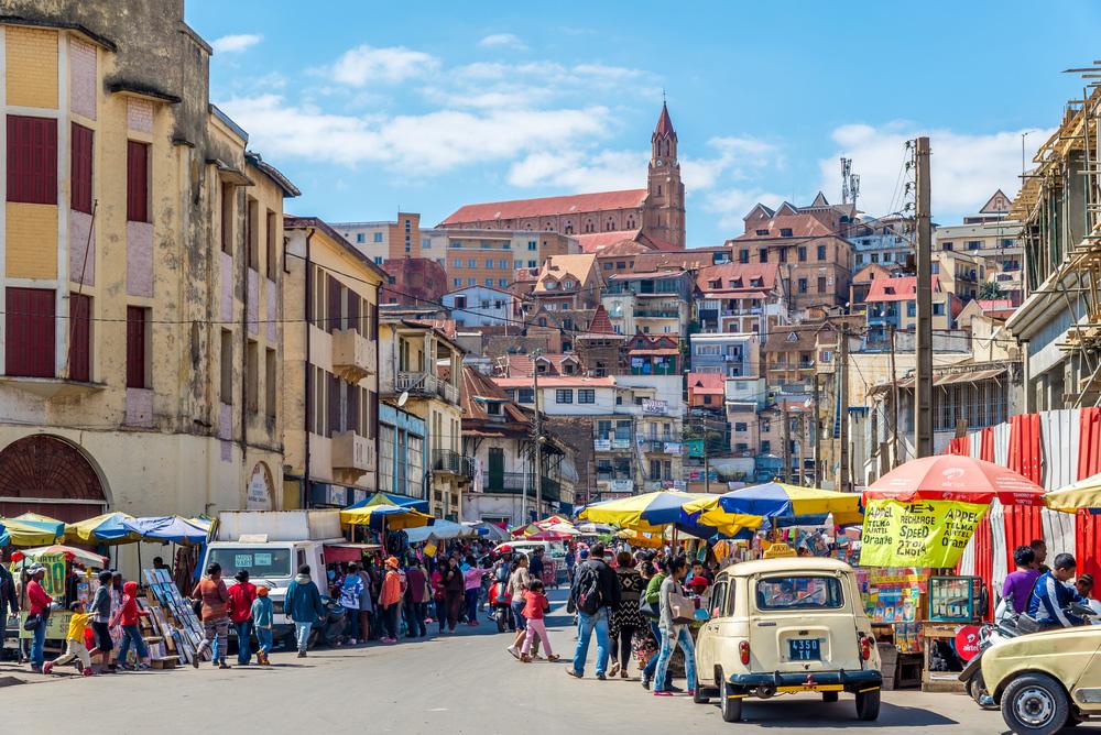 antananarivo busy street