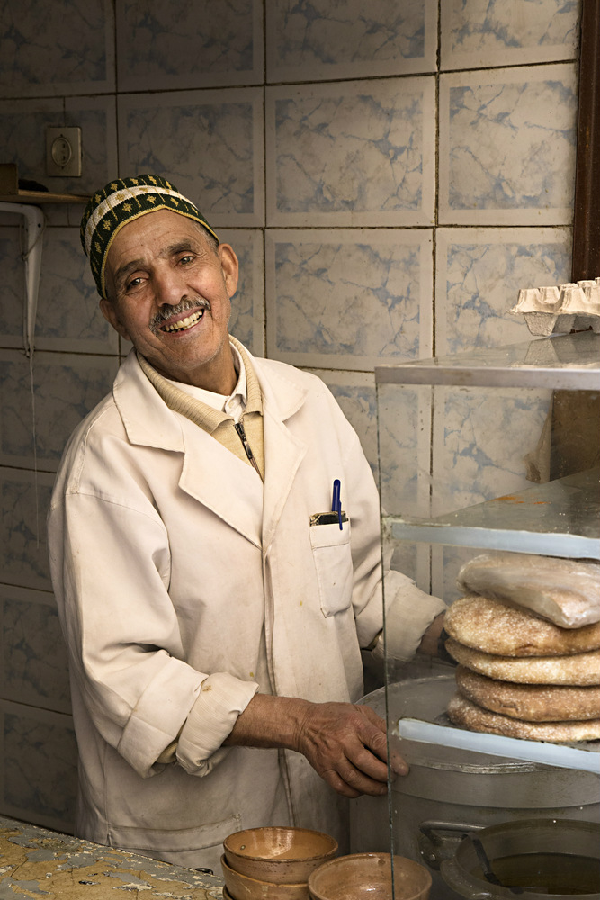 morocco smiling vendor