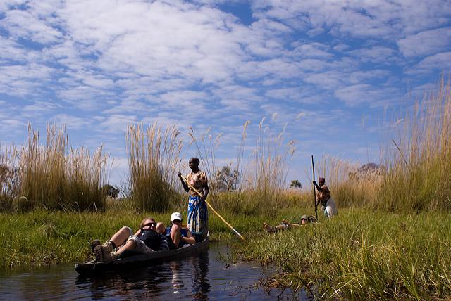 canoe okavango
